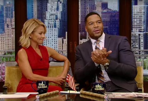 michael strahan news page 3 people michael strahan is leaving live with kelly and michael