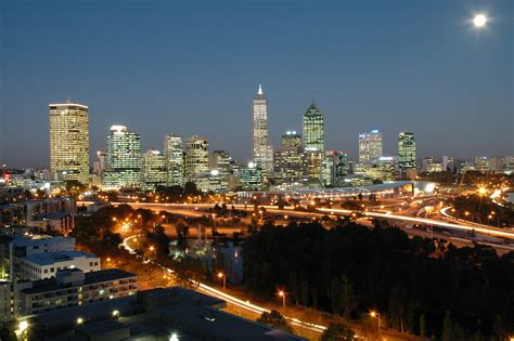 visitor attractions in perth western australia
