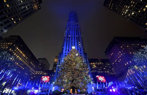 rockefeller tree lighting how to the 2017 rockefeller center tree