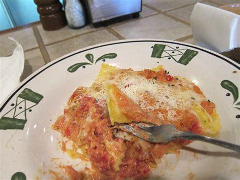 Olive Garden Ravioli by 10 Olive Garden Ravioli Me So Hungry