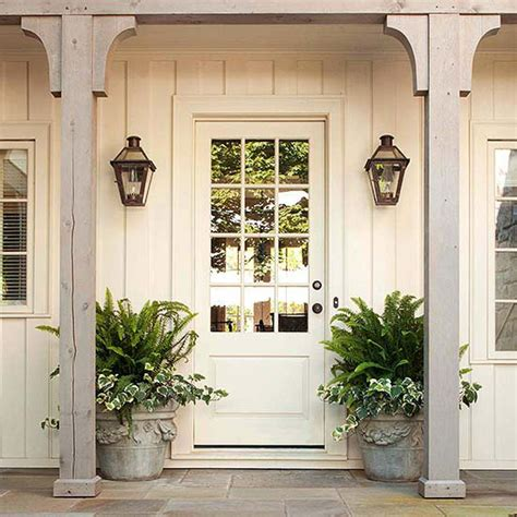 15 Beautiful Farmhouse Front Doors City Farmhouse Farmhouse Exterior Doors