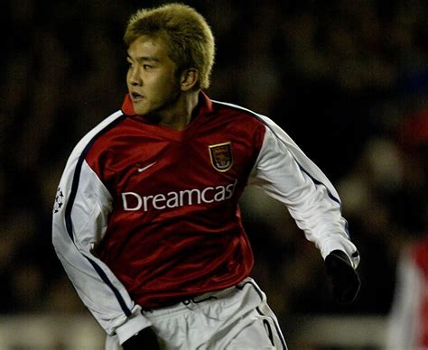 arsenal japanese player cm junichi inamoto the japanese player only made two