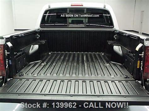 2013 Tacoma Bed Mat by 2013 Toyota Tacoma Prerunner V6 Cab Bedliner 23k