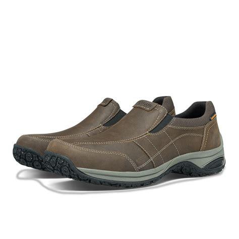 slip proof shoes dunham litchfield s waterproof shoes slip