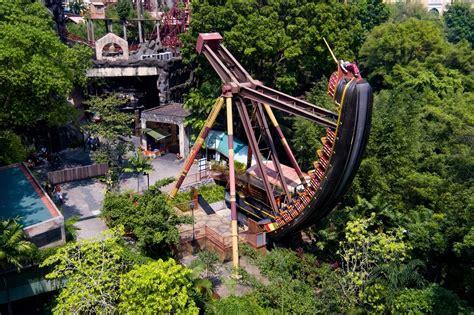 theme park in malaysia sunway lagoon safartrips