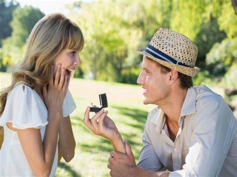 preguntas para hacerse en parejas 50 preguntas que la pareja debe hacerse antes de casarse
