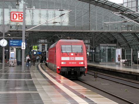 berlin zoologischer garten regionalbahn regionalbahn 214 t 233 ves a főp 225 lyaudvar