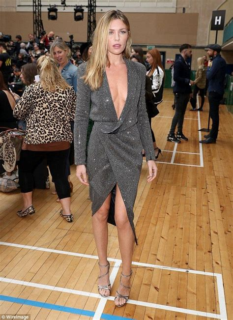 Fashion Week Clancey by 17 Best Ideas About Clancy On Wear