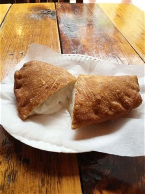 york house of pizza house of pizza calzone a brooklyn institution pizza today