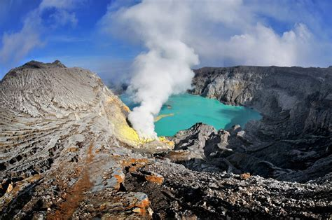 Panoramio   Photo of Kawah Ijen   Kratersee / crater lake