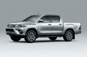 toyota hilux eighth generation cab front three