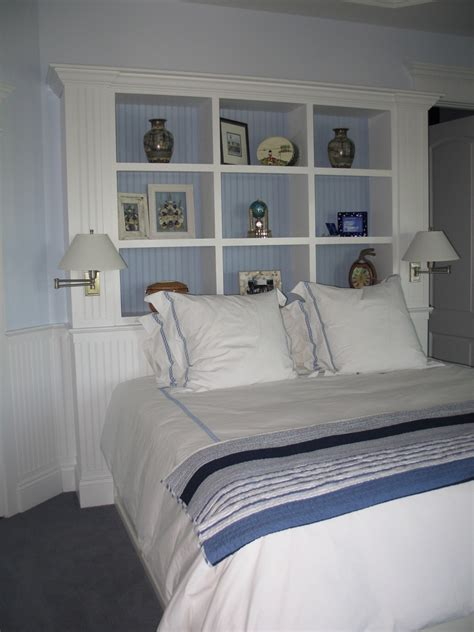 Built In Headboard by Chic Bookcase Headboard In Bedroom With