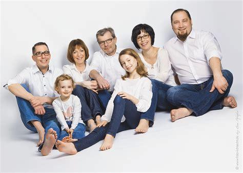 kinder familie familienfotos fotoshooting fotostudio - Lustige Familienfotos Ideen