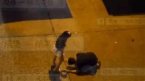 pedir perdon de rodillas youtube le pidi 243 perd 243 n a su novia de rodillas pero ella