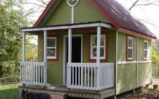 images of houses that are 2 459 square 192 square foot home for two small house living tour in