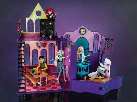 monster high high school doll house monster high high school playset doll house mattel x3711