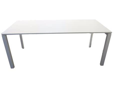 mobilier de bureau d occasion bureau occasion blanc adopte un bureau