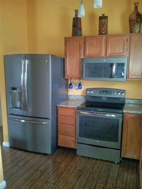 kitchen  ge slate appliances  home ideas