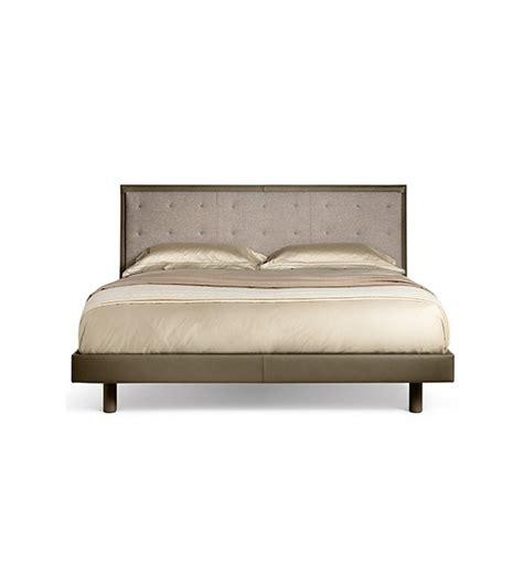 poltrona frau letti grantorino coup 233 bed poltrona frau letto milia shop