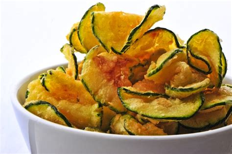 hot zucchini chips country lore make dried zucchini chips real food