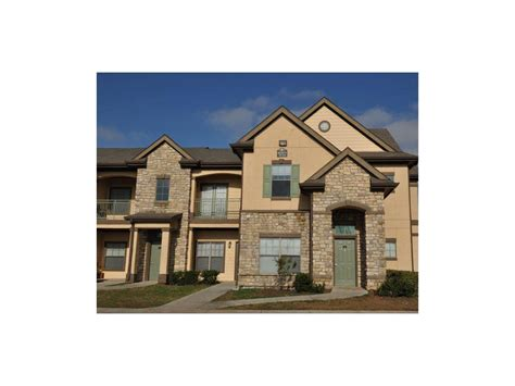 2 bedroom townhomes in houston chion townhomes on the green apartments houston tx