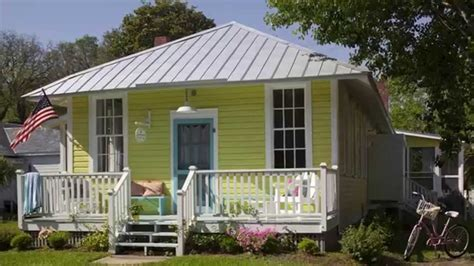how to choose exterior paint colors seaside design coastal living