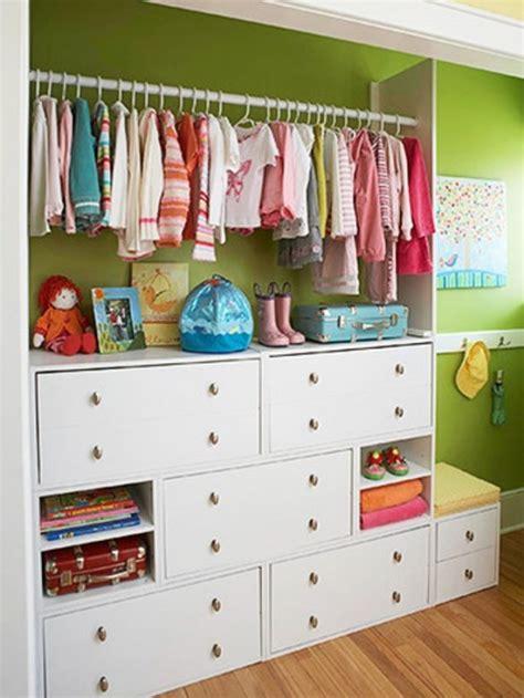 Kid Closet Organization Ideas by 10 Modern Kids Closets Organized To Put A Room In Order