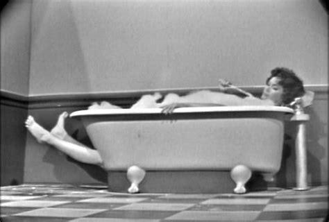 lady in bathtub ernie kovac s bathtub lady