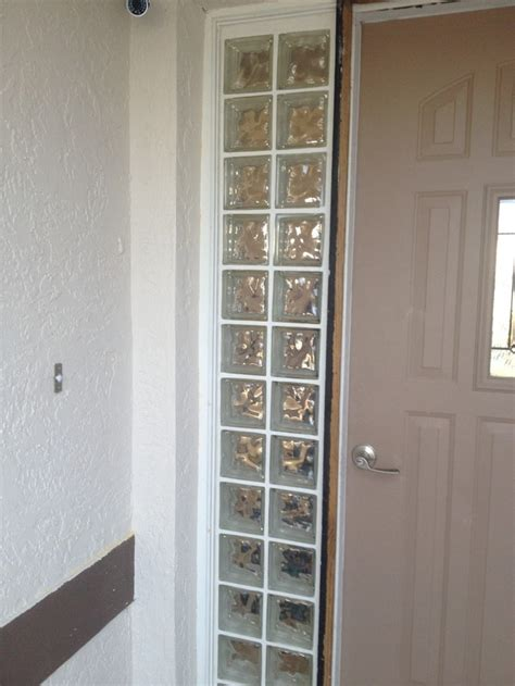 Glass Block Doors 25 Best Ideas About Glass Block Windows On Glass Blocks Wall Glass Block Shower