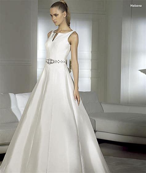 imagenes de vestidos de novia con una sola manga zodiaco de bodas la novia aries vestidos de novia