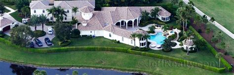 serena williams house venus serena can finally train play tennis at home palm beach county real