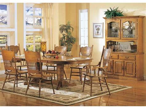 Oak Dining Room Furniture Sets by Best 25 Oak Dining Room Set Ideas On Pinterest Dining