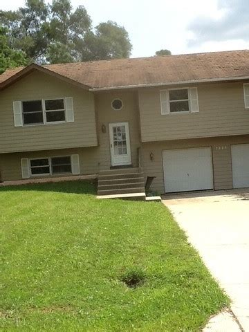 2506 bittersweet ave mchenry illinois 60051 foreclosed
