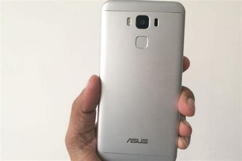 Armor Army Asus Zenfone 3 5 2 review asus zenfone 3 max impresses with