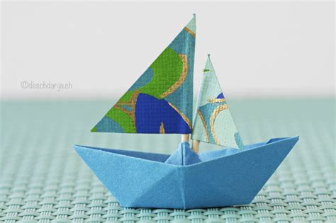 Make Paper Sailboat - 14 excellent ways on how to make a paper boat