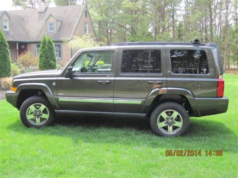 find   jeep commander  anniversary edition