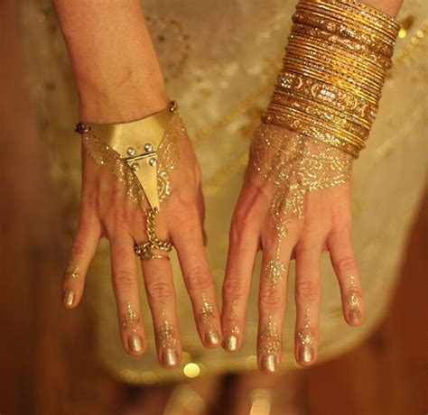 henna tattoo glitter 15 best mehndi designs images on bridal mehndi