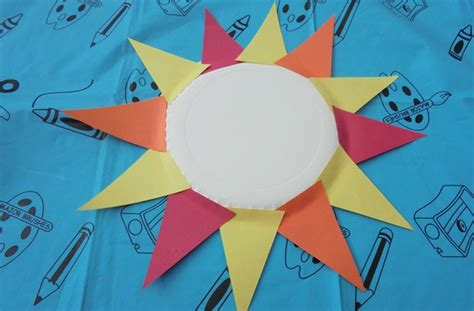 How To Make Sun Print Paper - paper plate crafts how to make a sun goodtoknow