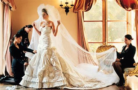 donald trump melania wedding wedding dress inspiration from melania knauss trump