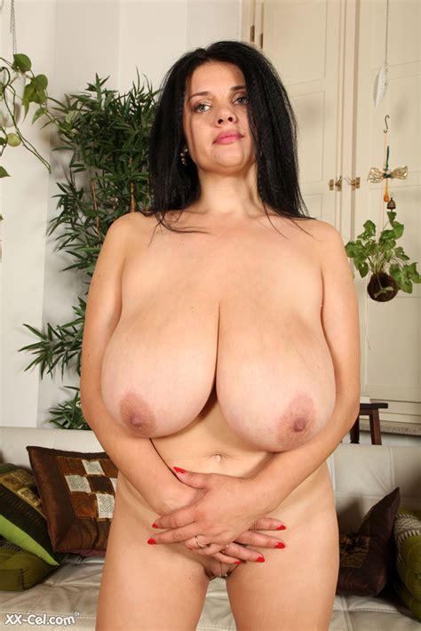 Nadiya Thick Newcomer Xx Cel