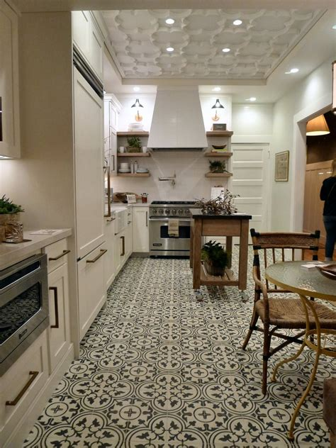 traditional home kitchens 25 traditional kitchen design ideas