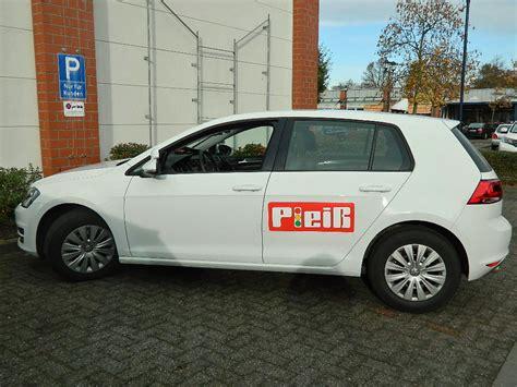 Golf Auto Führerschein by Fahrschule Plei 223 3x In Laatzen Fahrsch 252 Ler
