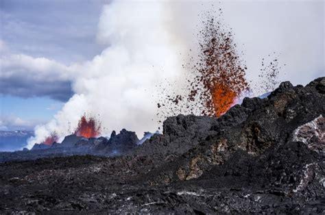 earthquake volcano major earthquake strikes iceland s b 225 r 240 arbunga volcanic