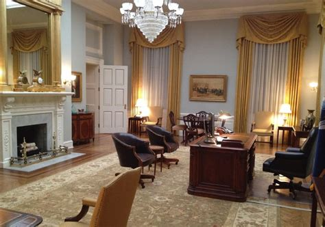 Speaker Of The House Office Layout | production design of house of cards interview with