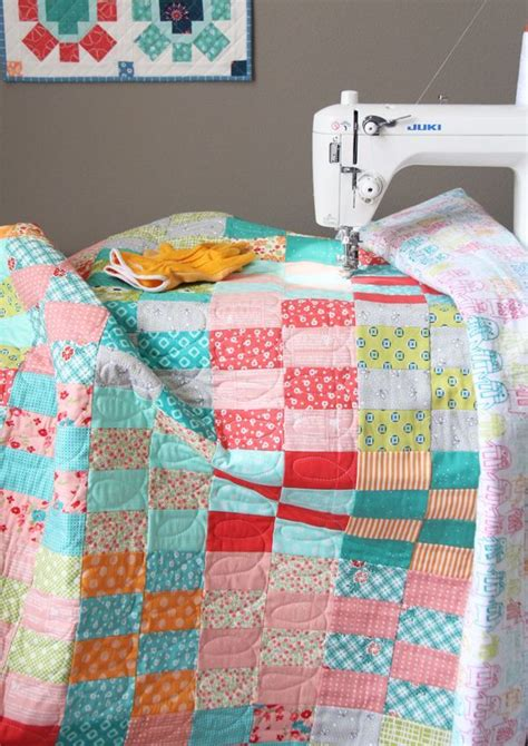 Jelly Roll Quilt Tutorials by 25 Best Ideas About Jellyroll Quilts On