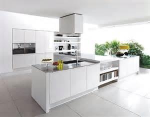 Modern white kitchen design photo courtesy of batamhousing com