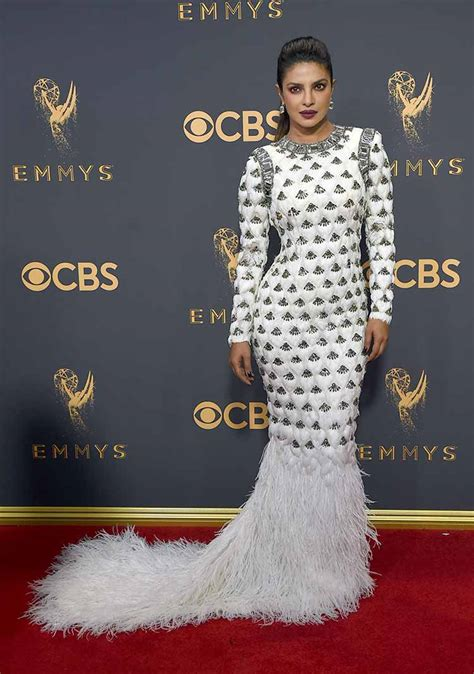 priyanka chopra at the emmy emmy awards 2017 priyanka chopra red carpet pics