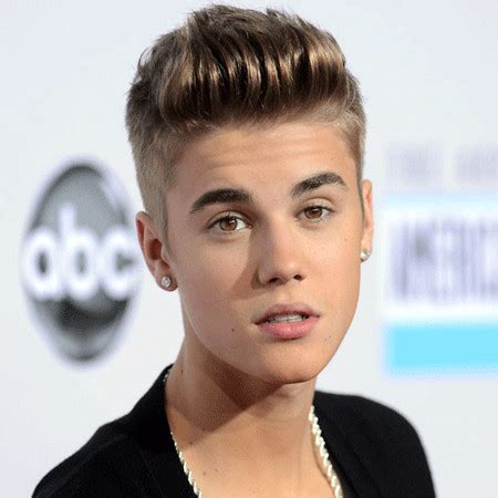 Justin Bieber Bio, Fact   married, spouse, net worth, affair