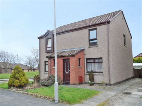 2 bedroom house aberdeen 2 bedroom semi detached house for sale in dunlin road