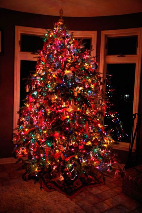 multi color christmas tree decorations ideas for decorating multi colored lights tree billingsblessingbags org